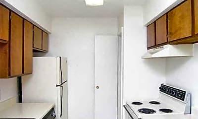 Kitchen, 77504 Properties, 2