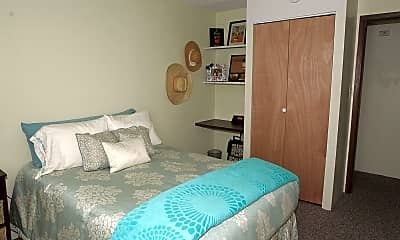 Bedroom, 505 S Busey Ave, 1