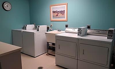 Bathroom, 326 Biden St Studio, 2