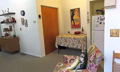 Bedroom, 701 S 16th St, 2