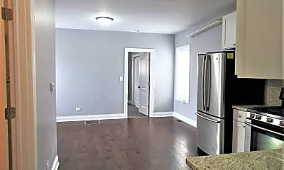 Kitchen, 6231 Roosevelt Rd R, 1