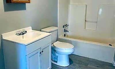 Bathroom, 116 Drive 984, 2