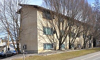 Building, 1015 S Walnut St, 0