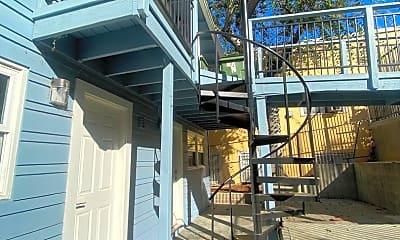 Building, 142 Douglas St, 2