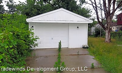Building, 25648 Amherst St, 2