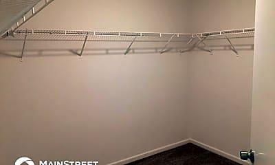 Bathroom, 7542 Redcliff Rd, 2