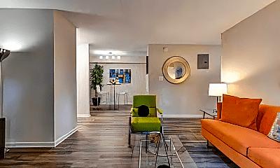 Living Room, 735 Washington Dr, 2
