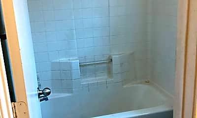 Bathroom, 804 Quarter Horse Trail, 2