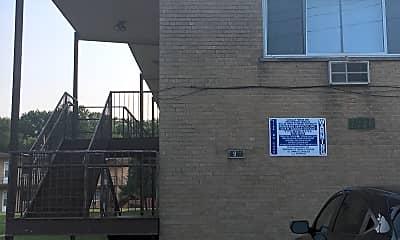 7900 N Caldwell Ave 7920, 1
