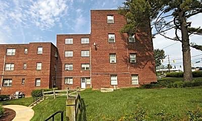 Building, Goodacre & Pine Ridge, 1