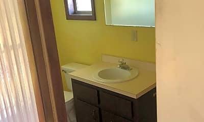 Bathroom, 1003 Dora Ave, 2
