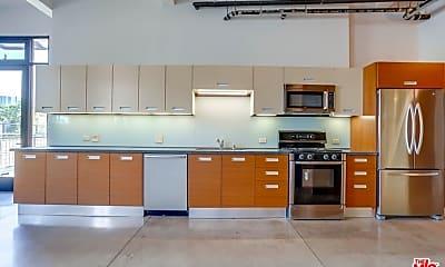 Kitchen, 738 S Los Angeles St 702, 1