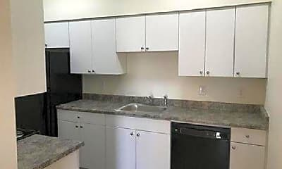 Kitchen, 4540 N 39th Ave, 2