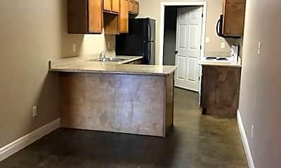 Kitchen, 104 Westfields Cr, 1