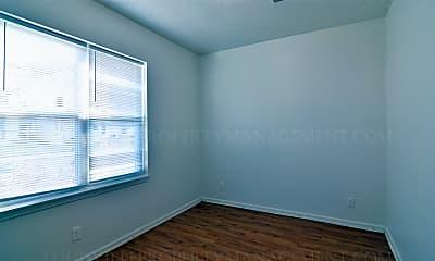 Bedroom, 500 E Ormsby Ave, 1