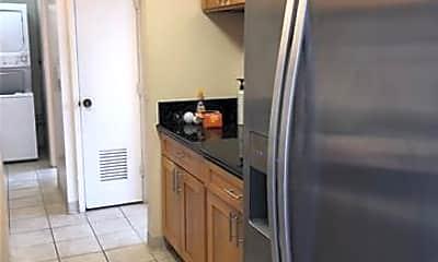Kitchen, 920 Ward Ave 13F, 0