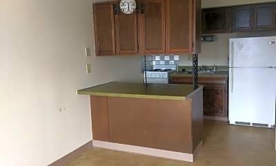 Kitchen, 2901 Douglas Ave, 1