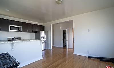 Living Room, 4051 Normandie Ave BOTTOM, 1