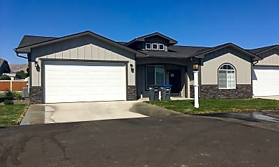 Building, 3793 E Scenic Crest Rd, 1