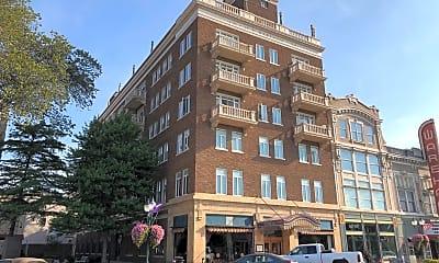 Wareham Apartments, 0