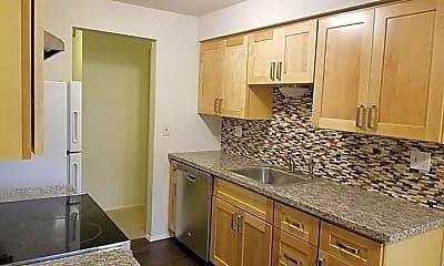 Kitchen, 17211 NE 45th St, 1