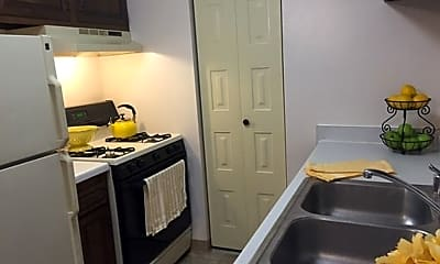 Kitchen, 4701 Indian Hills Dr, 1