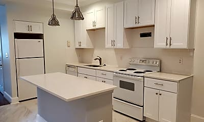 Kitchen, 1635 R St NW, 0