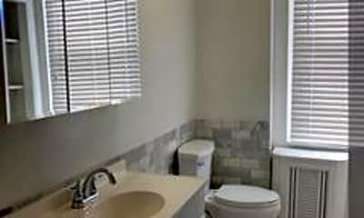 Bathroom, 1442 McKean St 1, 2
