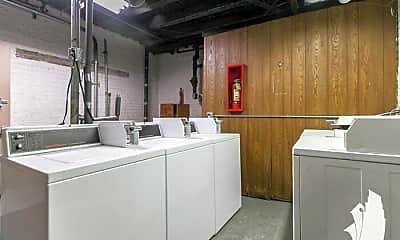 Kitchen, 4546 N Damen Ave., 2