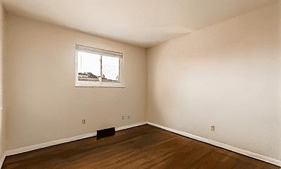 Bedroom, 880 N Meadows Ct, 2