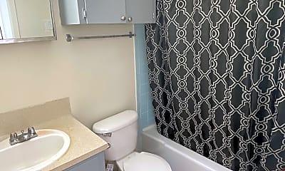 Bathroom, 1011 W 23rd St, 2