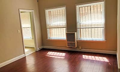 Living Room, 407 S Kenmore Ave, 0