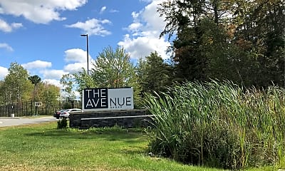 The Avenue At Orono, 1