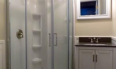 Bathroom, 926 Pine St, 2