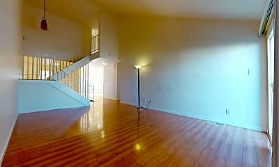 Living Room, 3813 Crofton Way, 1