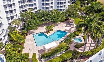Pool, 3300 NE 192 St 1612, 2