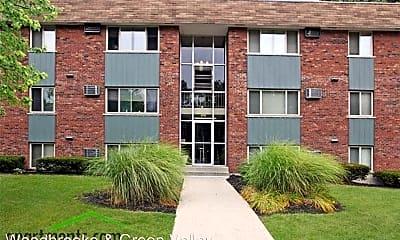 Building, 466 Pedretti Ave, 0
