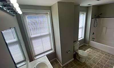Bathroom, 3542 S Broadway, 0