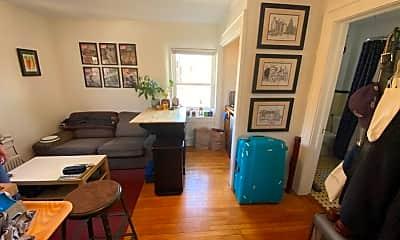 Living Room, 9 Highland Pl 5, 2