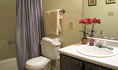 Bathroom, Pinhook South Apartments, 2