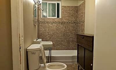 Bathroom, 474 Herschel St, 2