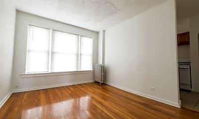 2900 E 91st- Pangea Real Estate, 1