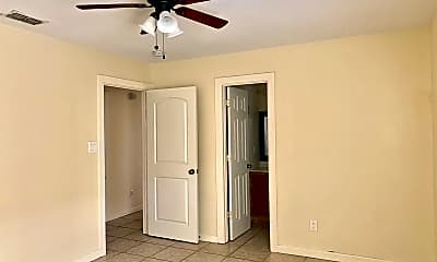 Bedroom, 800 W Bronze Dr, 2