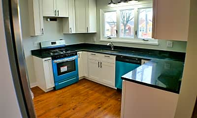 Kitchen, 2219 Forest Ave, 1