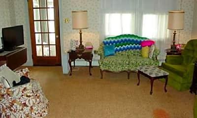 Bedroom, 129 Crescent St, 1