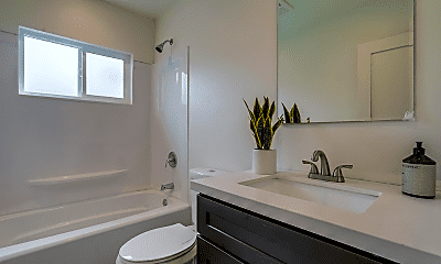 Bathroom, 11853 Manor Dr, 2