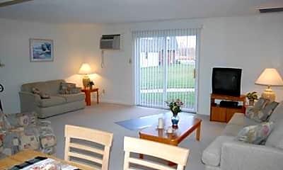 Living Room, Country Glenn, 2
