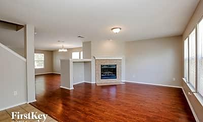 Living Room, 524 King St, 1