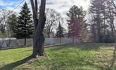 Building, 228 Old Connecticut Path, 2