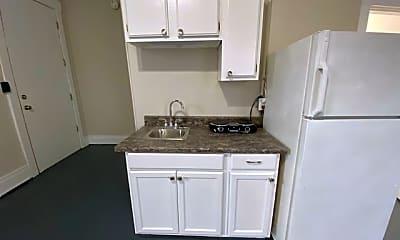 Kitchen, 126 N Maysville St, 1